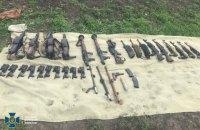 СБУ викрила військовослужбовців ЗСУ на спробі продажу зброї з частини