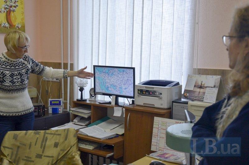 У програмі Автоматизоване робоче місце синоптика дані оновлюються щотри години ― так формуються карти, що колись малювали від руки.
