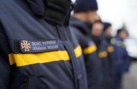 ДСНС попередила про пожежну небезпеку, пориви вітру на Київщині та підвищення рівня води на Закарпатті