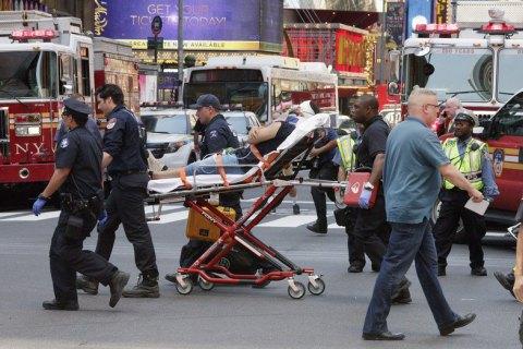 Автомобиль врезался в толпу в центре Нью-Йорка (обновлено)
