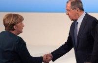 Європейський вояж: про що Меркель і Макрон могли розмовляти з посланцями Путіна