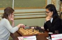 Четвертая шахматная партия Музычук и Хоу Ифань закончилась ничьей
