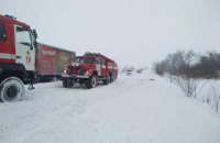Снігопад перекрив виїзд з Одеси в напрямку Києва