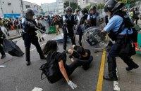 Жителі Гонконгу намагалися штурмувати законодавчі збори країни