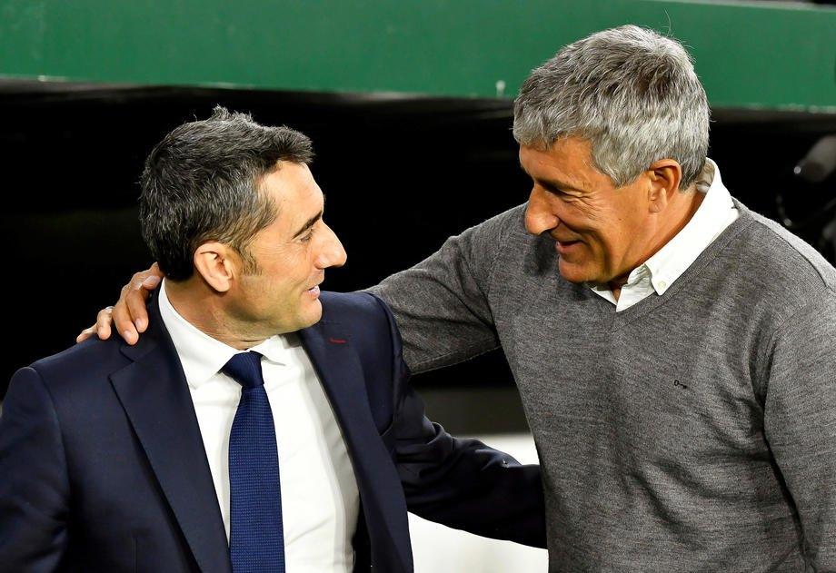 Вальверде и Сетьен приветствуют друг друга перед матчем Ла Лиги 17 марта 2019 года