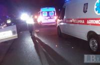 В Киеве возле Дарницкого моста под колеса попал пешеход-нарушитель