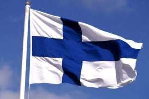 В Финляндии демонстранты напали на беженцев с камнями и фейерверками