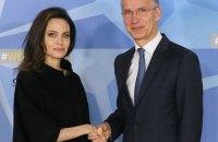 Анджелина Джоли посетила штаб-квартиру НАТО в Брюсселе