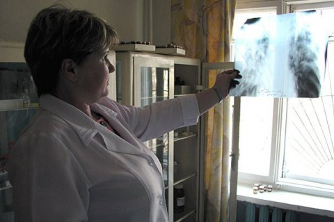 Во львовской школе у учительницы диагностировали открытую форму туберкулеза