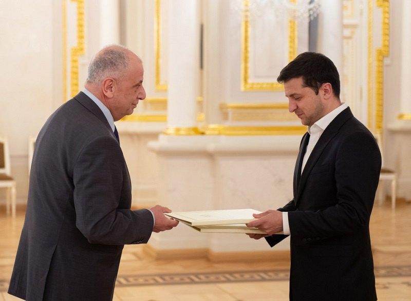 Владимир Зеленский и посол Грузии в Украине Теймураз Шарашенидзе