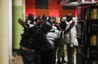 Во время теракта в Кении погиб племянник президента страны с невестой