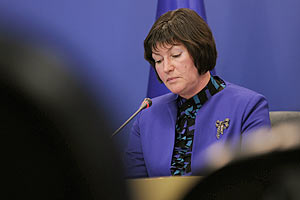 Акимова выступает за открытый доступ к информации о размерах пенсий госчиновников