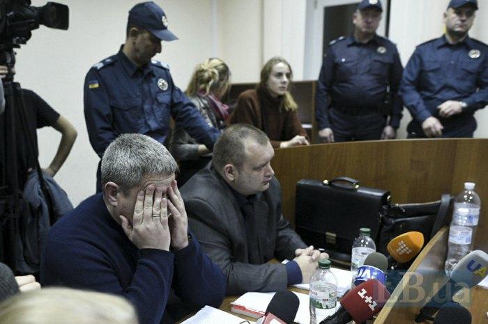 Прокурорі у справі Антоненка