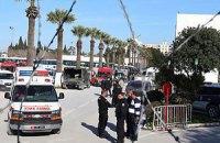 Поранену під час теракту в Тунісі українку прооперували
