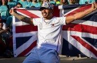 Хэмилтон побил рекорд Бэкхема и стал самым богатым спортсменом Великобритании в истории