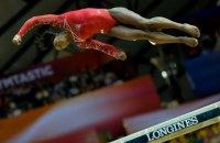 Олимпийская чемпионка исполнила невероятное двойное сальто на бревне