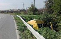 У Болгарії мікроавтобус зіткнувся з фурою, 18 людей постраждали