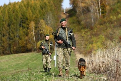 В Черновицкой области контрабандисты избили пограничников и сбежали