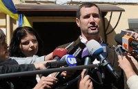 Суд не дал адвокату Тимошенко времени и взялся за Шандру