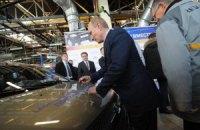 Путин мечтает, чтобы российские автомобили хотелось покупать