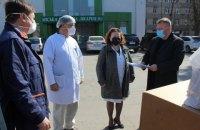 Винницкая городская больница №1 получила реанимационное оборудование от Фонда Порошенко
