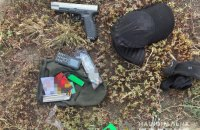Поліція Києва затримала іноземця зі зброєю та вибухівкою