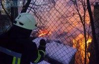 На Європейській площі в Києві рятувальники ліквідували пожежу в історичній будівлі (оновлено)