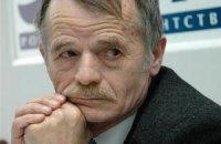 Российский омбудсмен обещает проверить, почему Джемилева не пустили в Крым