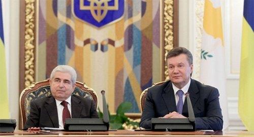 Димитрис Христофиас и Виктор Янукович