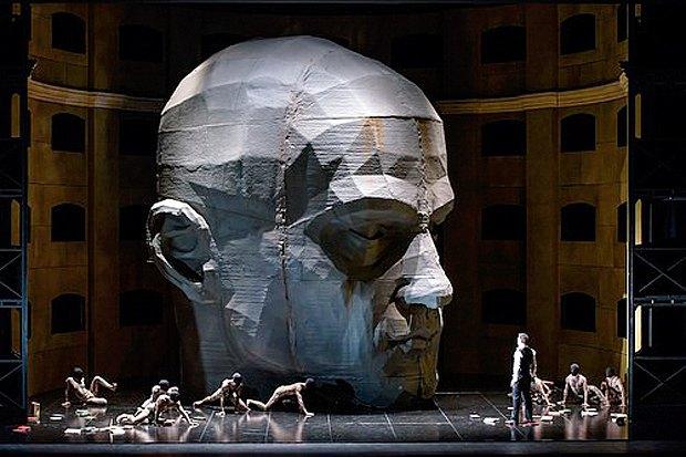 Вистава польського театру в Royal Opera House, Лондон, 2015 р.