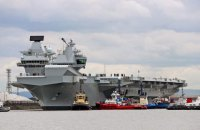 Британцы отправили на ходовые испытания авианосец Queen Elizabeth
