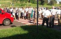 Селяне перекрыли трассу во Львовской области из-за отключения света