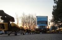 Boston Dynamics змусила упряжку роботів тягнути вантажівку