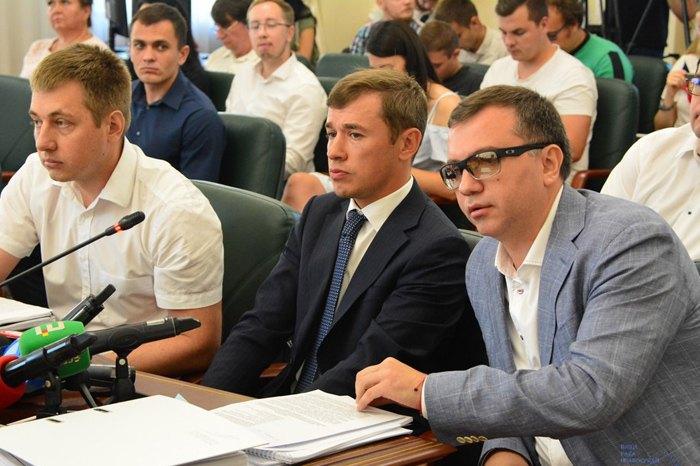 Суддя Павло Вовк (справа) та його адвокат Михайло Ілляшев ( зліва від нього) на засіданні