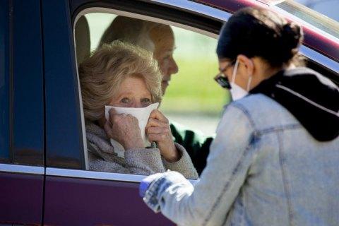 Учені з США заявили, що пандемія коронавірусу може розтягнутися ще на два роки