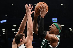 """НБА: """"Бруклин"""" прорвался в плей-офф"""