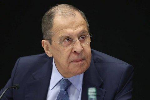 """""""Не Кравчуку вирішувати"""", - Лавров відповів на пропозицію перенести переговори щодо Донбасу з Мінська"""