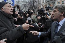 Ющенко наорал на 60-ти летнего мужчину