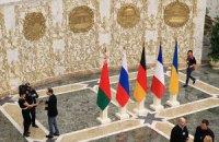 Російського журналіста випровадили з Палацу Незалежності за вигук на адресу Порошенка