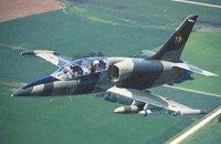Власти Сирии заявили о сбитом боевиками военном самолете