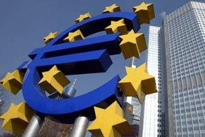 Курс евро упал после снижения рейтингов стран еврозоны