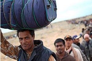 В Турцию бежали восемь тысяч сирийцев