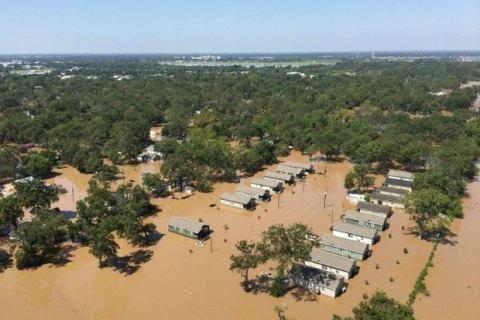 Бывшие президенты США собрали $31 млн для пострадавших от ураганов