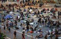 У Гонконгу прихильники Пекіна атакували демонстрантів