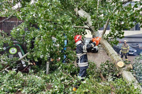 Негода знеструмила 151 населений пункт у 5 областях України
