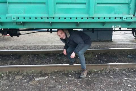 Участники блокады перекрыли железную дорогу вукраинском Конотопе