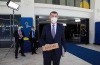 Чеський прем'єр попросив країни ЄС вислати хоч по одному російському дипломату