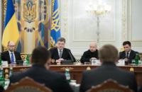 Порошенко назвал приоритеты в финансировании обороны
