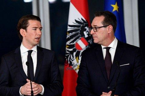 В Австрии создана коалиция консерваторов и правых популистов