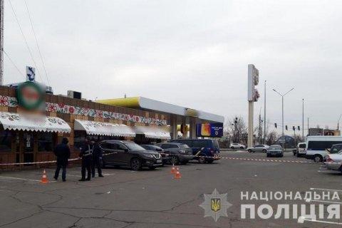 Сторонник и противник 23 февраля подрались на АЗС под Киевом и попали в СИЗО
